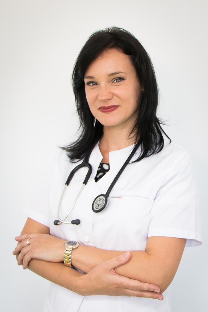 Dr. Dana Pavel